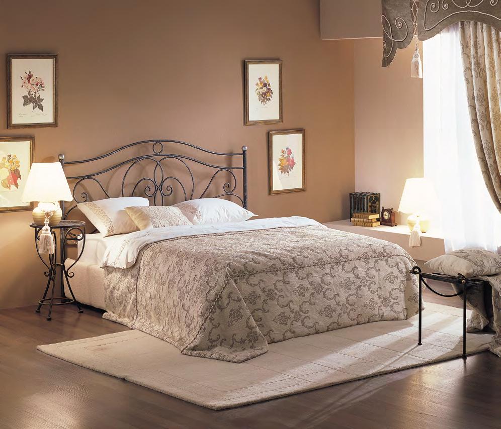 Кованая кровать Лора